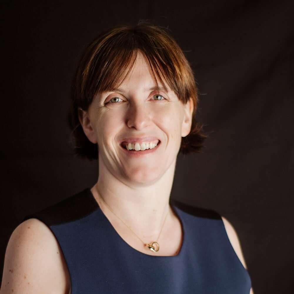 Julie Hunt